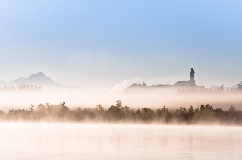 Reutberg im Nebel