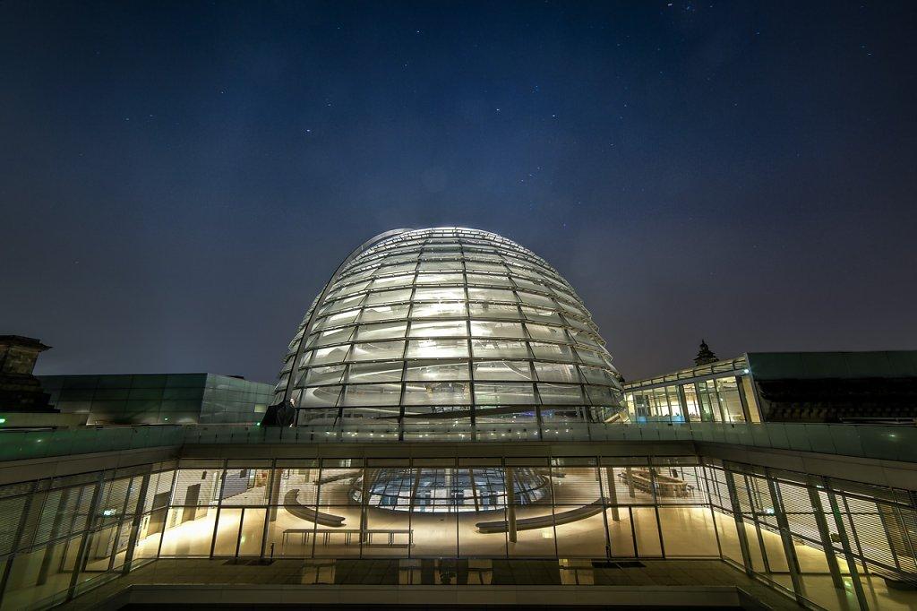 Orion über dem Reichstag