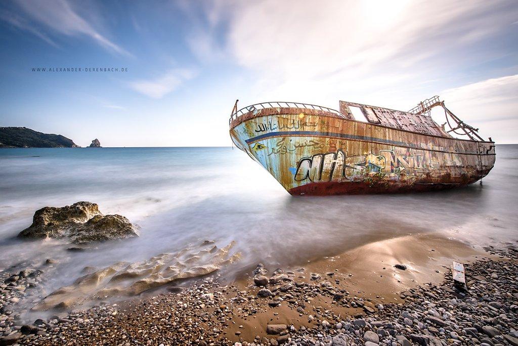 Ship !